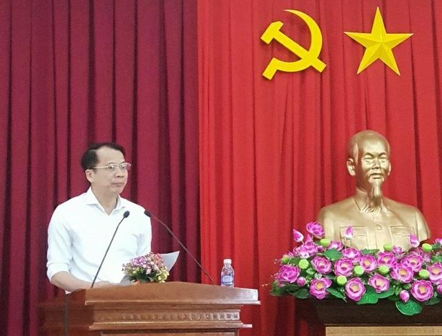 Thứ trưởng Bộ GD&ĐT Phạm Mạnh Hùng phát biểu tại hội thảo