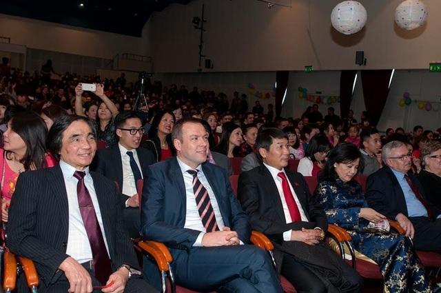 Các đại biểu tham dự chương trình. (Ảnh: Tuấn Anh)