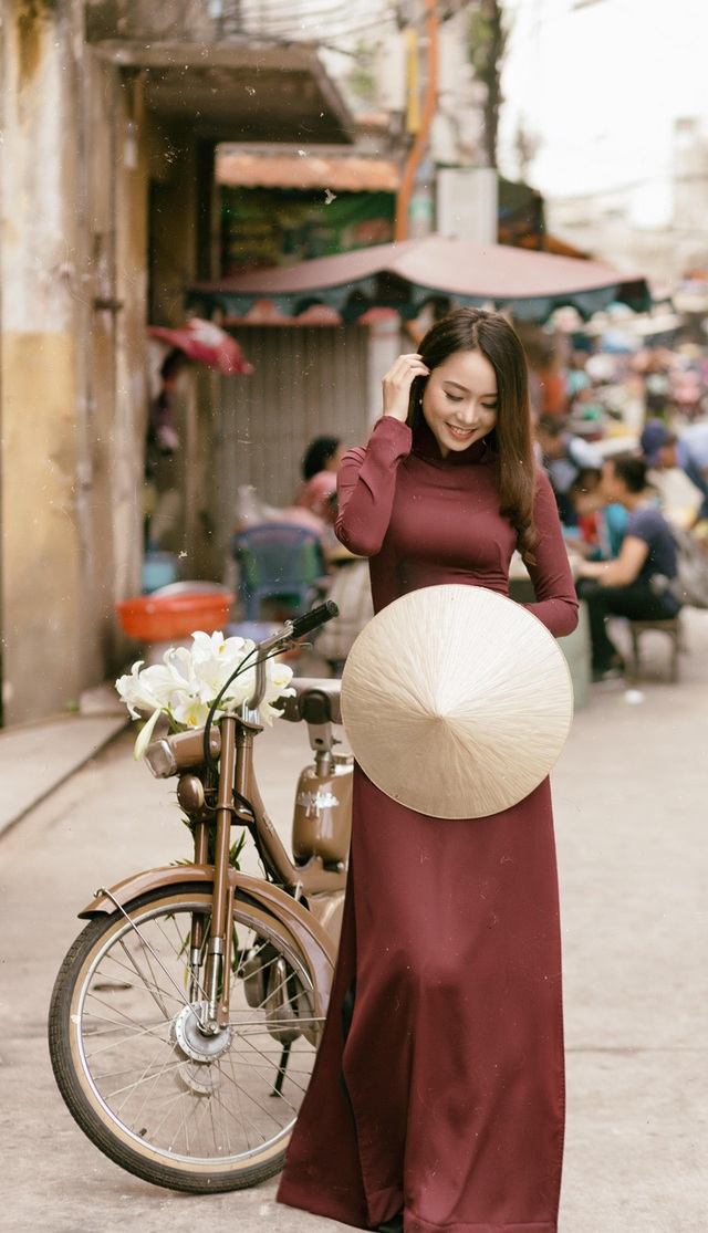 Á khôi Đại học Nội vụ yêu kiều bên sắc hoa loa kèn - 9