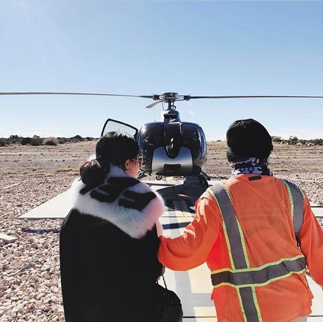 Á hậu Huyền My đi trực thăng khám phá Đại vực kỳ bí ở Mỹ - 5