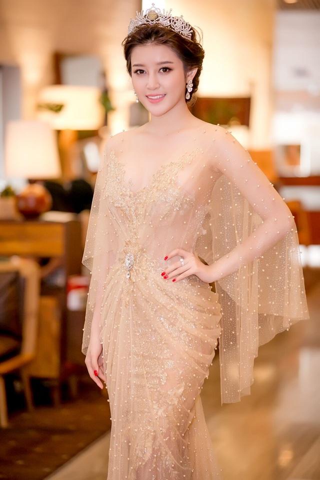 Đây là cuộc thi sắc đẹp quốc tế đầu tiên Huyền My tham gia kể từ khi lên ngôi Á hậu 1.