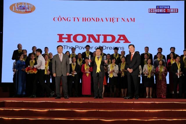 Honda Việt Nam nhận giải thưởng Rồng Vàng năm 2017 - 1