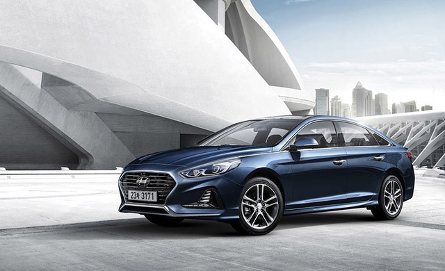 Hyundai Sonata phiên bản nâng cấp chính thức lộ diện - 2