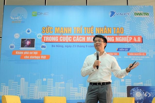 Ông Trần Nguyên Vũ - Giám đốc nhóm giải pháp phần mềm, IBM Việt Nam chia sẻ tại workshop.