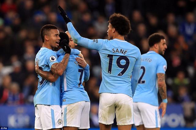 Man City có chiến thắng thứ 11 liên tiếp ở Premier League sau 12 trận