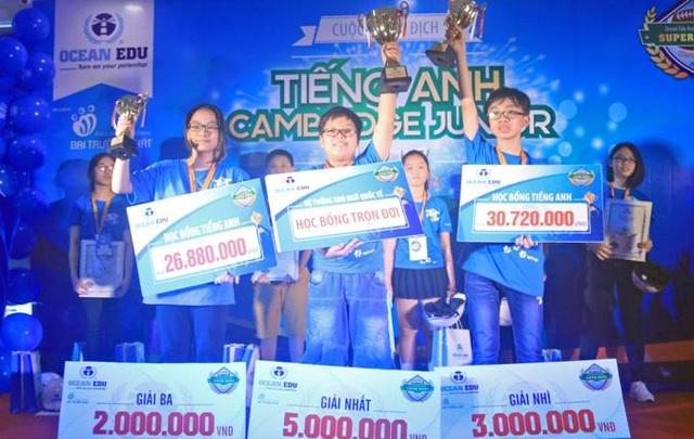 Các thí sinh đạt giải cao nhất tại cuộc thi.