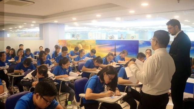 Cuộc thi với sự tham gia của hơn 20.000 thí sinh.