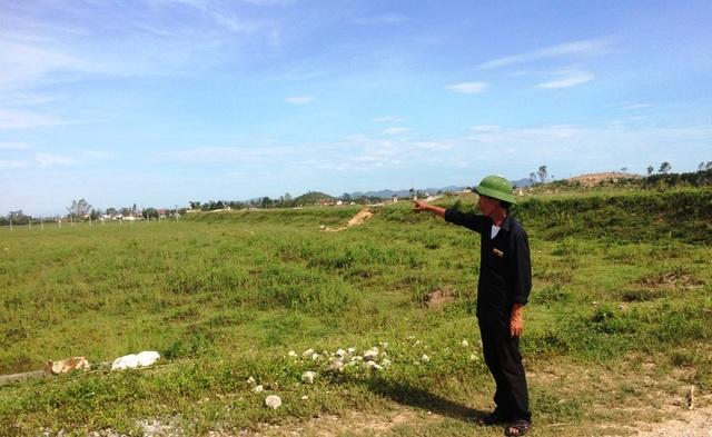 """Ông Ngô Văn Chín chủ tịch HĐQT – HTX Viên Thành bức xúc trước sự """"bỏ chạy"""" của công ty TNHH Globe Farm."""