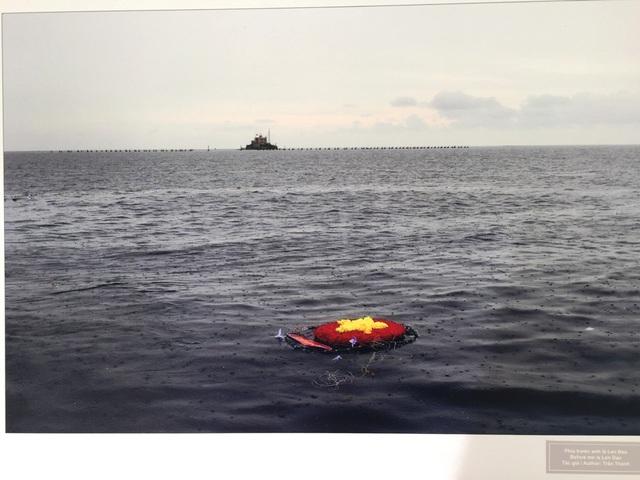 """Đà Nẵng: Triển lãm ảnh """"Tuổi trẻ vì biển đảo quê hương"""" - 3"""