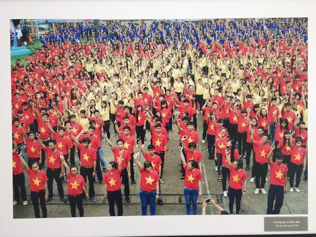 """Hình ảnh """"Tuổi trẻ chung ta vì biển đảo"""" của Bảo tàng Tuổi trẻ Việt Nam"""