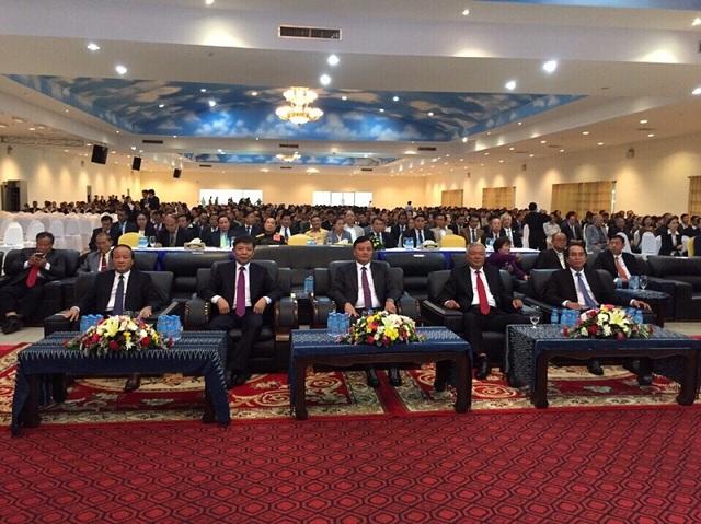 Cái đại biểu tham dự Lễ kỷ niệm 55 năm thiết lập quan hệ ngoại giao và 40 năm ký Hiệp ước hữu nghị và hợp tác Việt Nam - Lào
