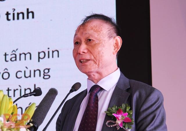 Tại lễ khởi công, ông Cận Bảo Phương - Chủ tịch Tập đoàn JA Solar cam kết sẽ nghiêm túc chấp hành pháp luật và những quy định của Chính phủ Việt Nam. (Ảnh: Báo Bắc Giang)