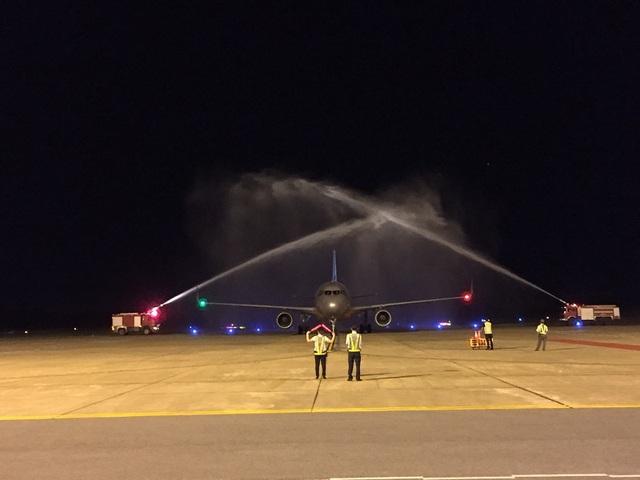 Tối 11/8, chuyến bay đầu tiên từ Chiang Mai đến Quảng Bình đã hạ cánh tại Cảng hàng không Đồng Hới