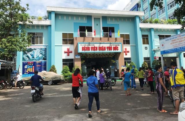 Ban giám đốc bệnh viện quận Thủ Đức, TPHCM đã ra quyết định sa thải đối với điều dưỡng Đ.L vì gây ảnh hưởng nghiêm trọng đến uy tín của bệnh viện.