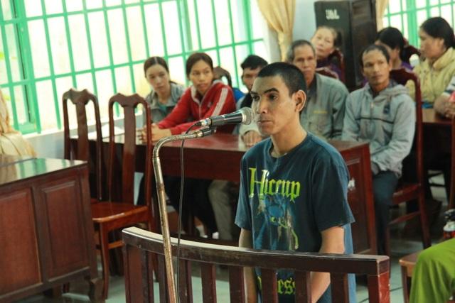 Bị cáo Y Ăi tại phiên tòa