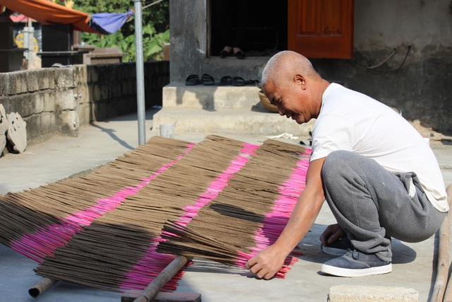 Nghề làm hương ở Vạn Thắng đã tồn tại 500 năm tuổi