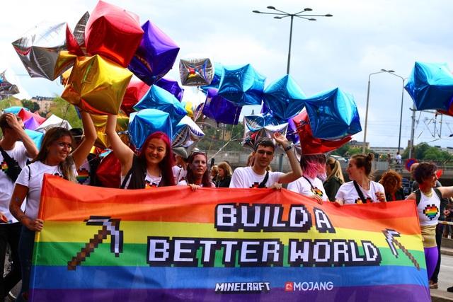 Chủ đề của cuộc diễu hành Stockholm Pride năm nay là Be True - Be You (Hãy là chính bạn). Ít nhất 6.000 người đã trực tiếp tham gia diễu hành. Sự kiện cũng thu hút khoảng hơn 500.000 người tới xem và cổ vũ.