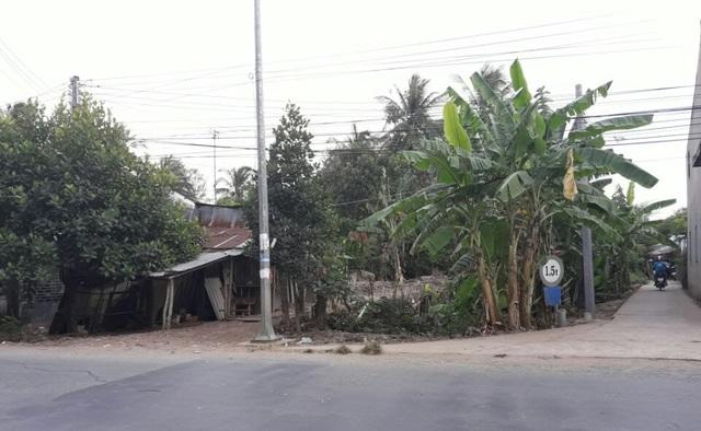 Bãi đất trống ở ấp Giồng Giữa, thị trấn Lịch Hội Thượng - nơi xảy ra vụ việc