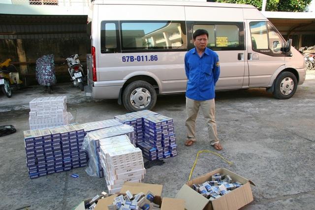 Tại cơ quan điều tra, tài xế Hùng khai nhận... không biết trên xe có hàng nghìn gói thuốc lá lậu?