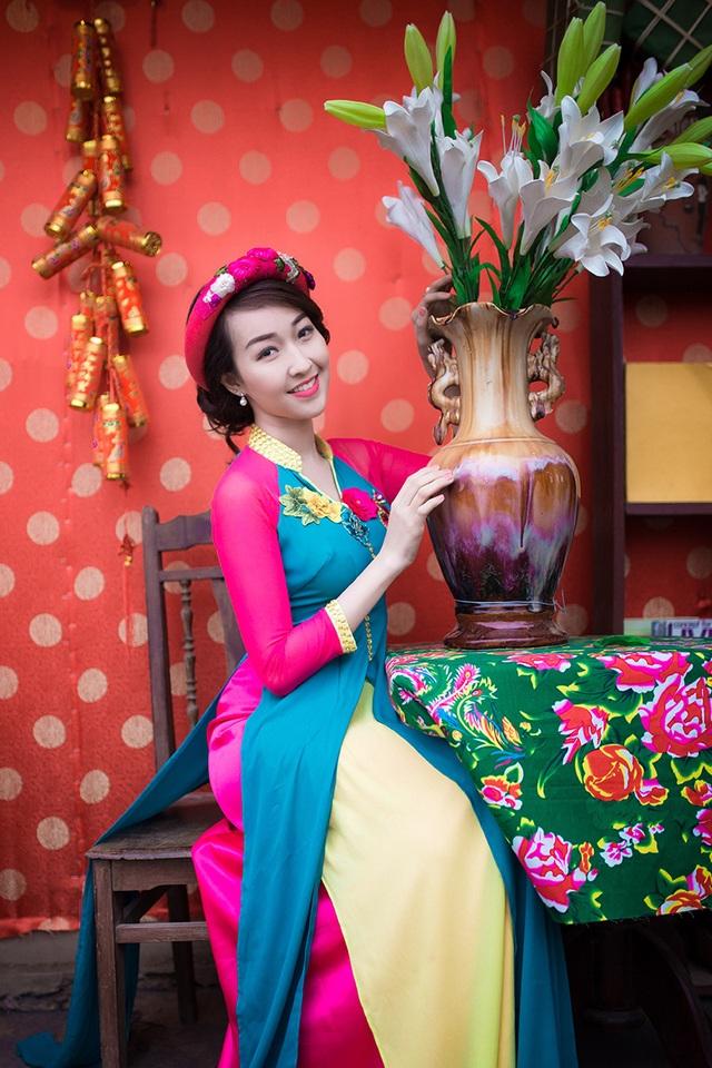 Độc đáo trang phục áo dài kết hợp áo tứ thân của cô gái Hà Nội - 11