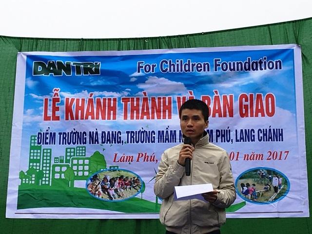 Nhà báo Phạm Tuấn Anh - Phó tổng biên tập báo Dân trí phát biểu tại buổi lễ
