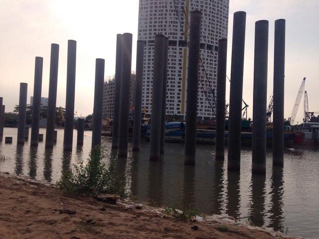 River City (đường Đào Trí, P.Phú Thuận, Q.7) cũng lâm vào tình cảnh tương tự