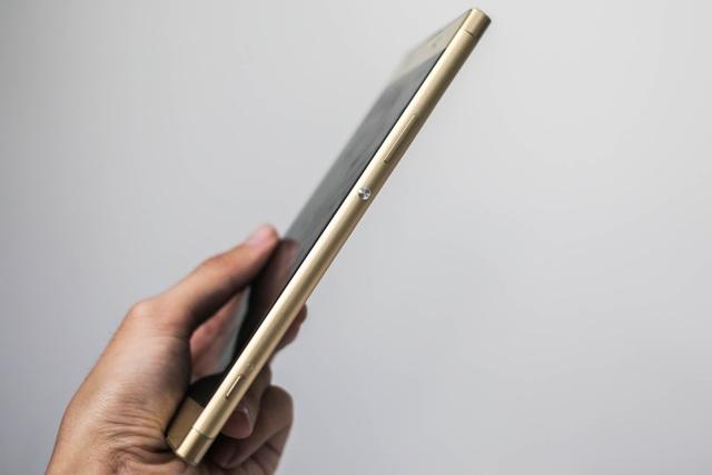 Đánh giá nhanh Xperia XA1 Ultra giá gần 9 triệu đồng tại VN - 3