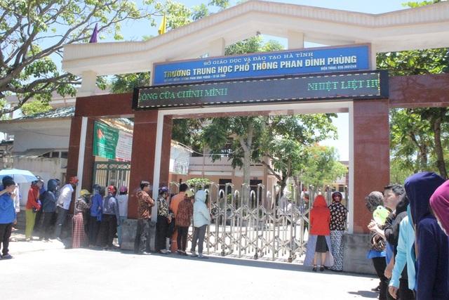 Trường THPT Phan Đình Phùng (TP Hà Tĩnh) nơi có một thí sinh bị ngất xỉu trong lúc đang làm bài thi Ngữ Văn.