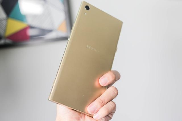 Đánh giá nhanh Xperia XA1 Ultra giá gần 9 triệu đồng tại VN - 2