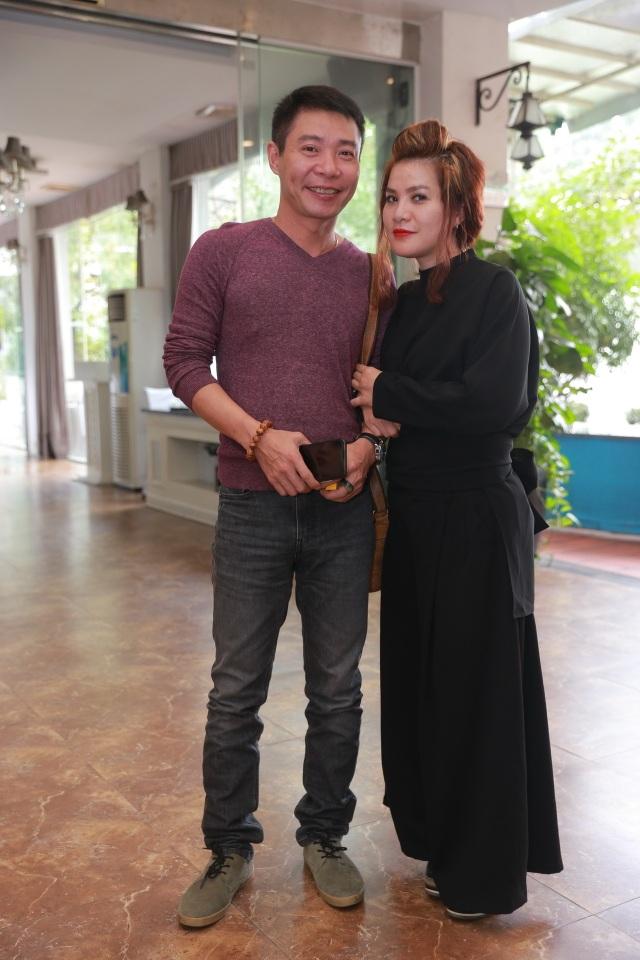 Công Lý và nhà sản xuất Hằng Ly trong buổi ra mắt phim.