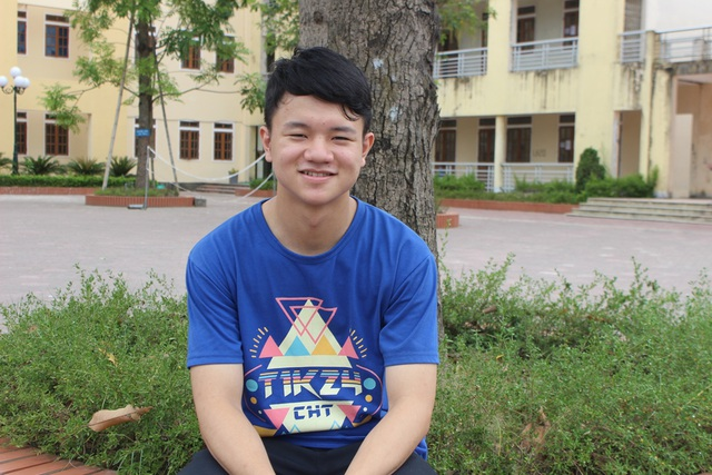 Em Nguyễn Đình Đại - 1 trong 5 học sinh của Việt Nam giành HCB tại kỳ thi Olympic tin học Châu Á