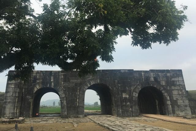 Thành nhà Hồ, một công trình xây dựng bằng đá độc nhất vô nhị tại Việt Nam
