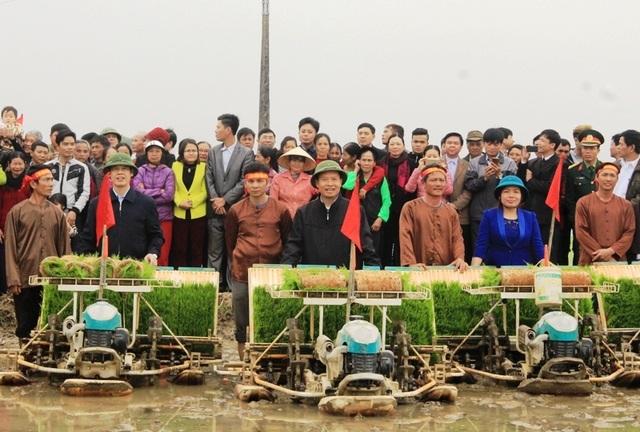 Tỉnh Thanh Hóa tổ chức lễ hội xuống đồng năm 2017