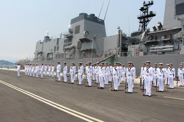 Nghi thức sau khi tàu Nhật Bản cập Cảng Quốc tế Cam Ranh