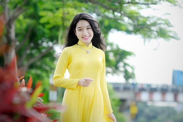 Nguyễn Ngọc Bảo Châu - nữ sinh có nhiều thành tích đáng nể.