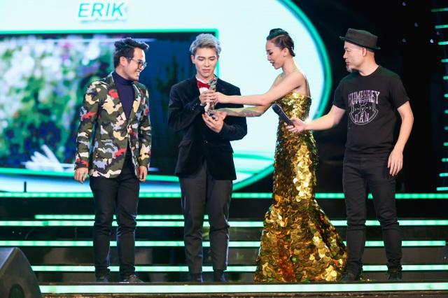 Ca khúc Sau tất cả của Khắc Hưng do Erik thể hiện chiến thắng ở hạng mục Bài hát hiện tượng của năm. Ca khúc này tạo nên trào lưu Sau tất cả trên mạng xã hội, được nhiều ca sĩ tên tuổi lẫn công chúng cover lại khi có giai điệu và ca từ dễ đi vào lòng người.