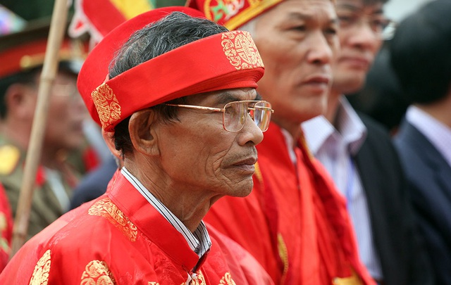 Đảm nhận thực hiện việc tế lễ là các cụ cao tuổi người Ném Thượng.