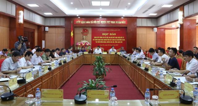buổi họp báo về việc thu hồi đất thực hiện đầu tư xây dựng hạng mục công trình khuôn viên cây xanh tại thị trấn Đồng Đăng huyện Cao Lộc.