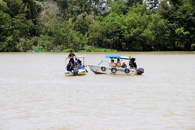 Phó Thủ tướng Trương Hoà Bình, Chủ tịch Ủy ban An toàn giao thông Quốc gia chỉ đạo làm rõ vụ tai nạn đường thuỷ.