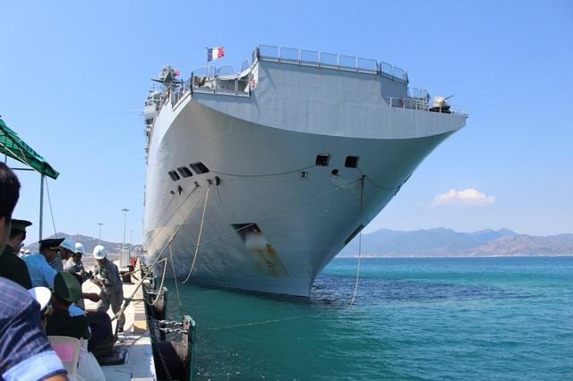 Vào tháng 5/2016, tàu chỉ huy và đổ bộ Tonnerre, một trong những tàu lớn nhất của Hải quân Cộng hòa Pháp cùng hơn 500 sỹ quan, học viên sỹ quan, hạ sỹ quan… đã cập Cảng Quốc tế Cam Ranh