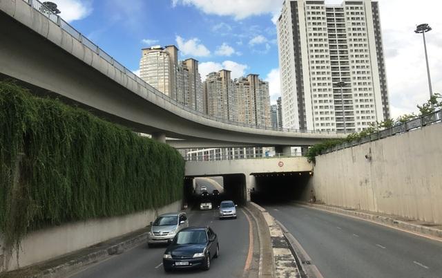 Công trình hầm chui cầu Văn Thánh trên đường Nguyễn Hữu Cảnh.