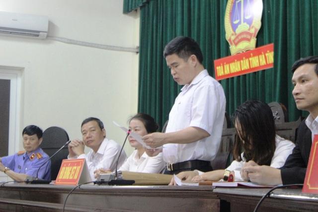 HĐXX đã tuyên bố hoãn phiên tòa do vắng mặt nhiều bên liên quan