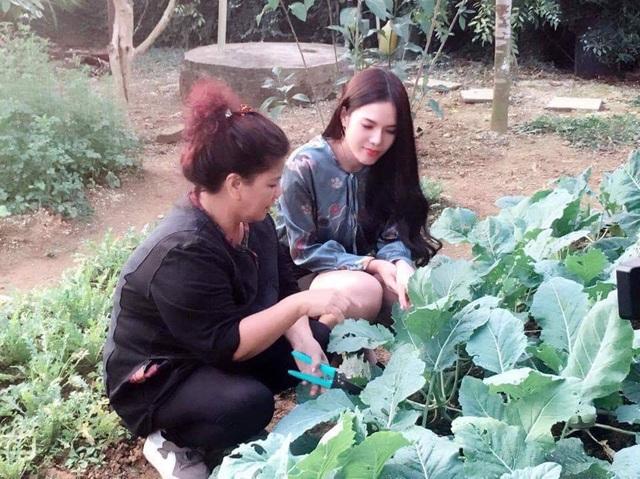 Vườn rau xanh tự tay trồng của NSND Thanh Hoa - 3