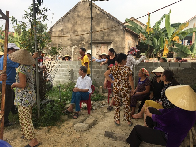 Nghệ An: Hàng trăm hộ dân phản đối xây dựng trạm BTS! - 8