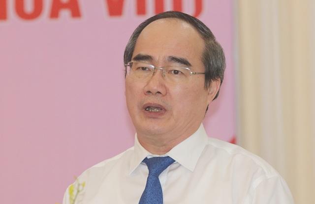 Ông Nguyễn Thiện Nhân phát biểu tại hội nghị