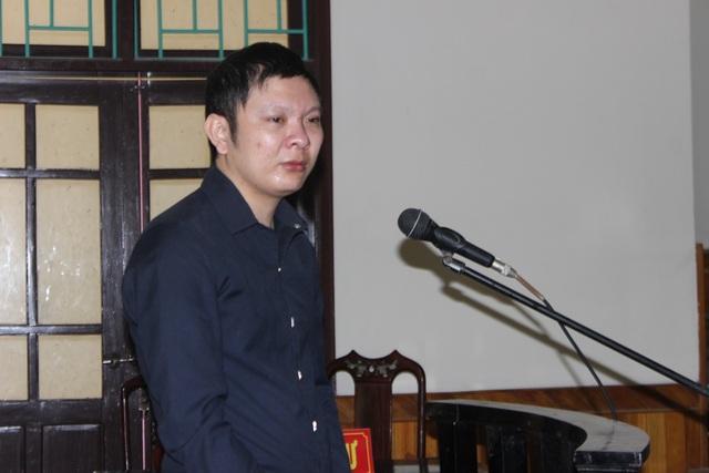 Bị cáo Nguyễn Văn Tiến trước vành móng ngựa