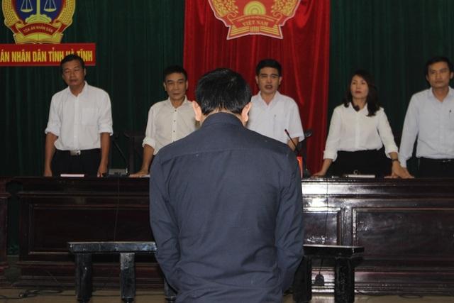 Nguyễn Văn Tiến nghe phán quyết cuối cùng từ HĐXX
