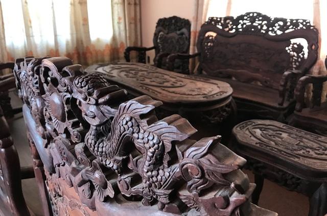 """Ngắm hai bộ bàn ghế """"long, lân, quy, phụng"""" giá gần 10 tỷ đồng - 4"""