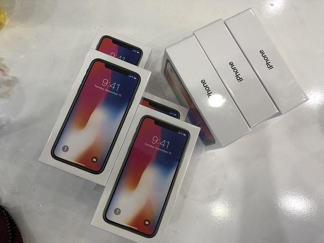 iPhone X xách tay vẫn bán tốt bất chấp hàng chính hãng đến tay người tiêu dùng
