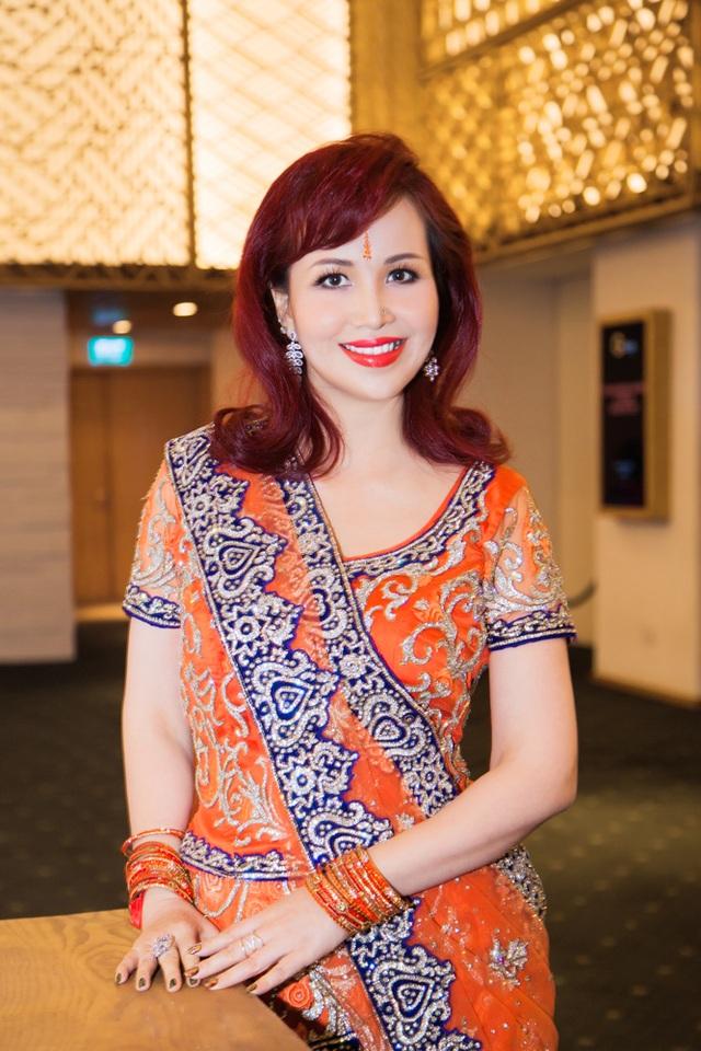 Hoa hậu biết 5 thứ tiếng gây chú ý khi xuất hiện cùng chồng người Ấn Độ - 5
